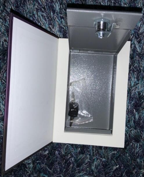 Toys4Boys-coffre-fort-livre-ouvert-boite-interieure